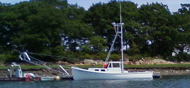 Honda Of Boston >> Aurora Marine Image Gallery | Holland 32 Clean and coat