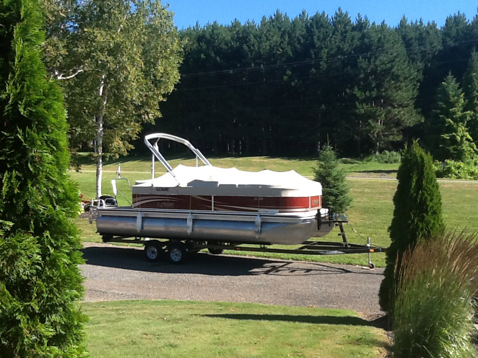 after-cleaning-pontoon-boat-cover